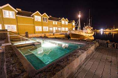 Heli-skiing Hotel