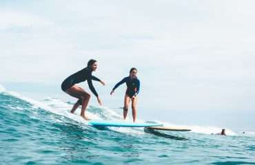 Surf Lessons - Share The Buzz