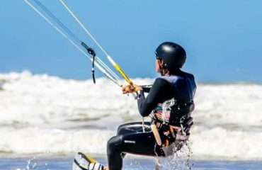 You're Kitesurfing