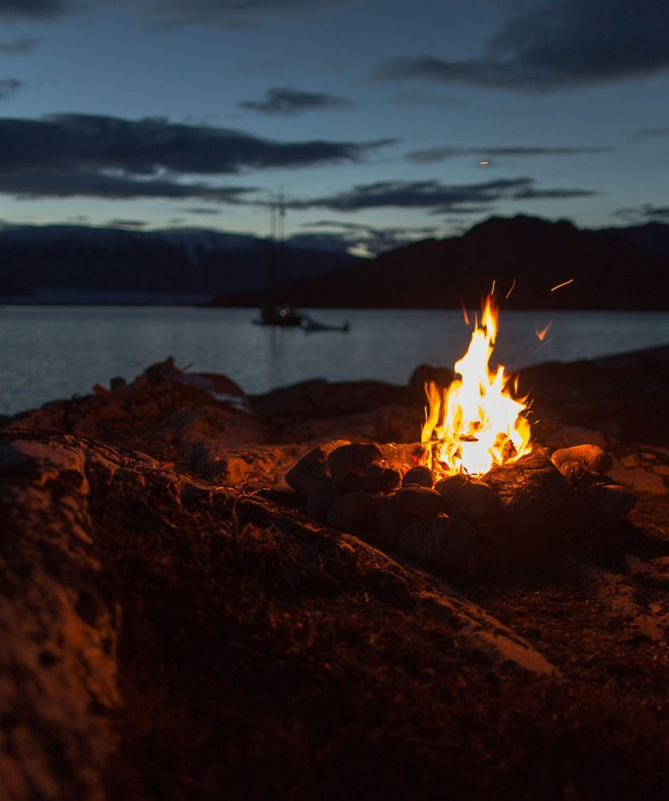 Campfire in Rypefjord